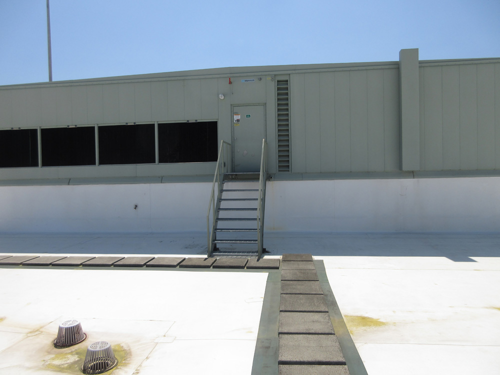 Colliers International, Replacement of compressor in Penthouse Unit